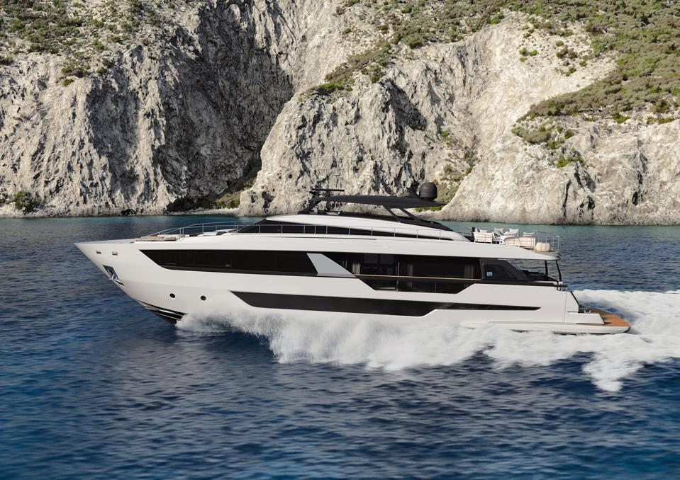 The new Ferretti 1000 will be their largest flagship to date.