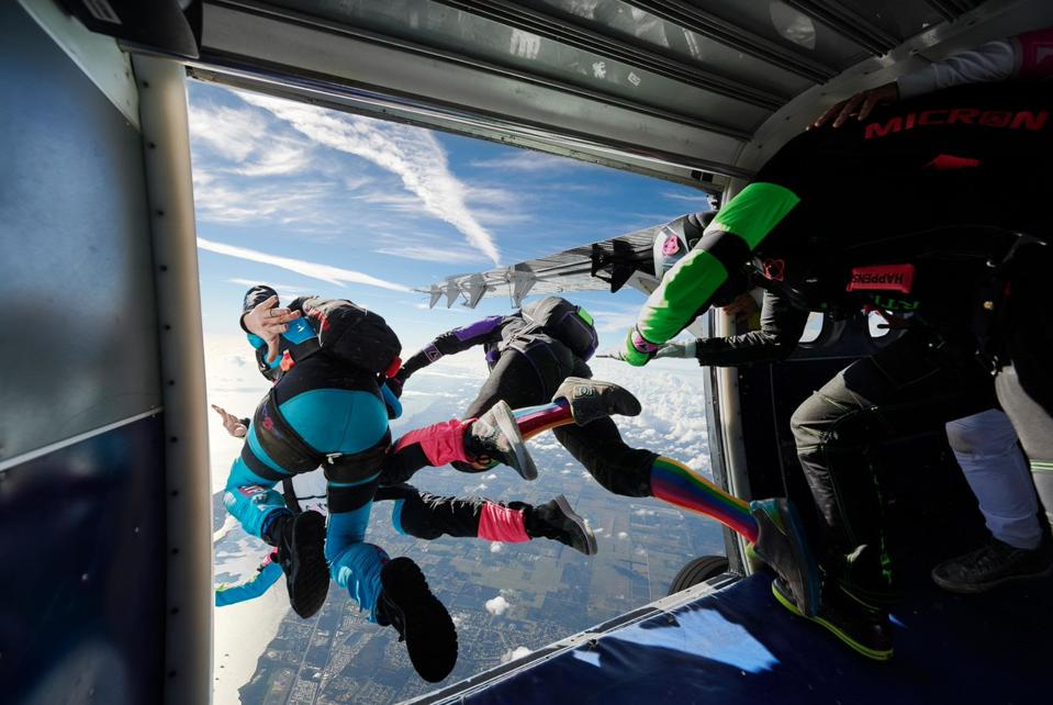 Project 19 Skydiving team