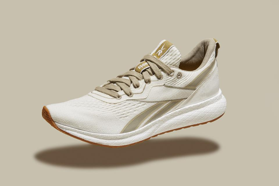Running shoes sustainable