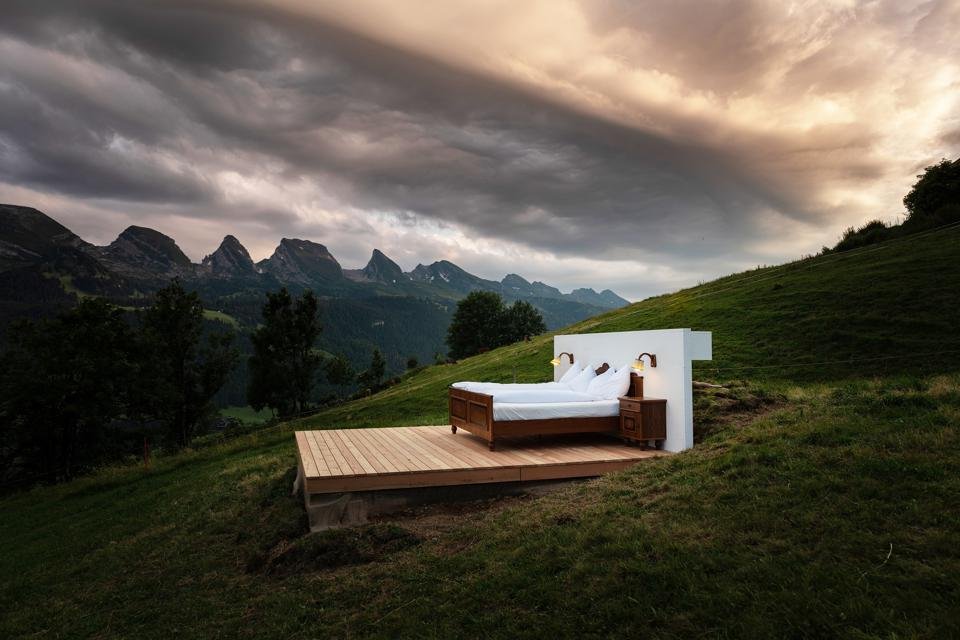 A hotel room in open air at Zero Real Estate