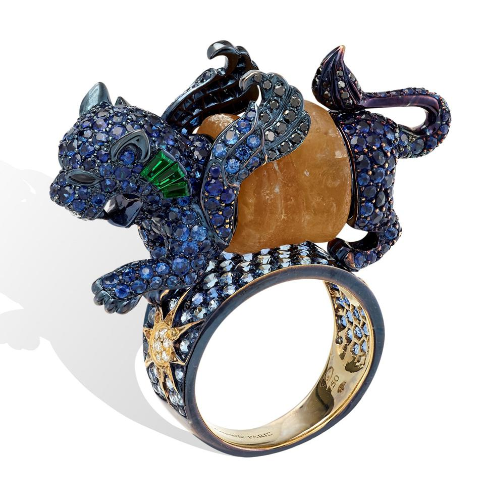 The ″Sumerian Lion Ring″ by Lydia Courteille
