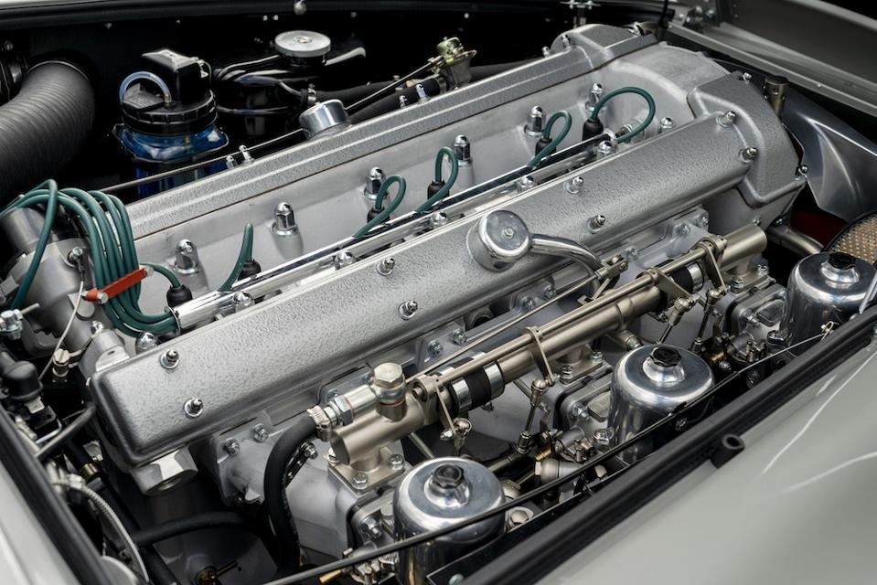Aston Martin DB5 4.0-liter engine