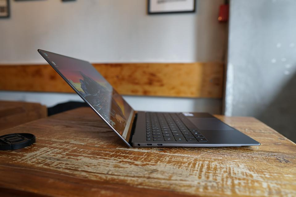 The Huawei MateBook X Pro 2020 is one of the sleekest laptop out there.
