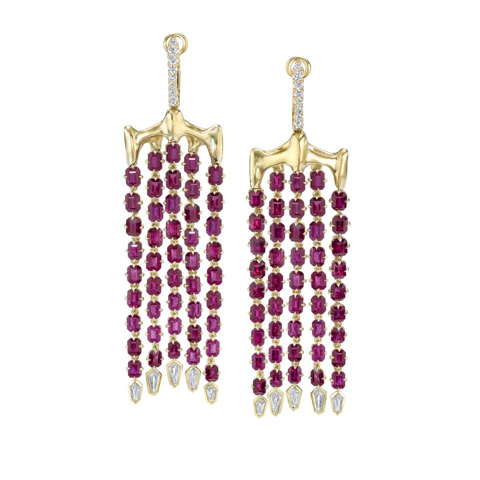 VRAM Chrona chandelier earrings in 18K gold with ruby and diamond