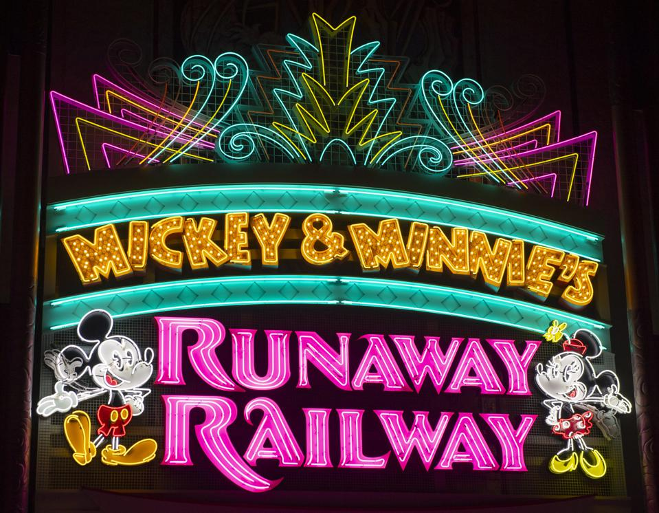 Mickey and Minnie's Runaway Railway marquee at Disney's Hollywood Studios.