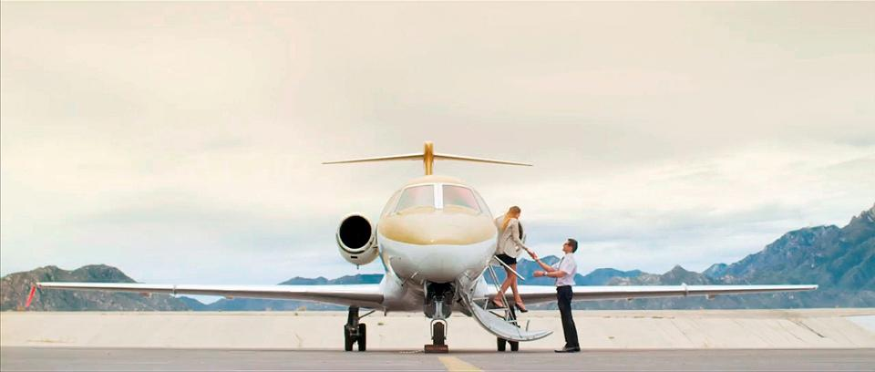 Yachts Cabo also charters private jets for visitors to Cabo San Lucas, La Paz and other Mexico destinations.