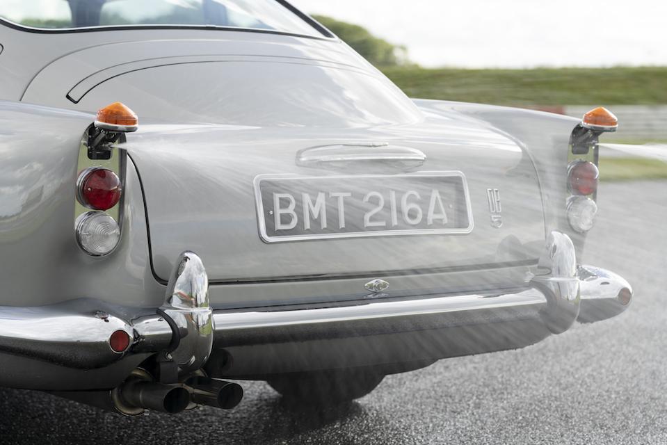 Aston Martin DB5 Oil Slick Dispenser