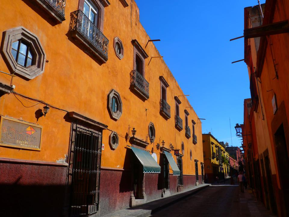 San Miguel de Allende streetscape in the sun