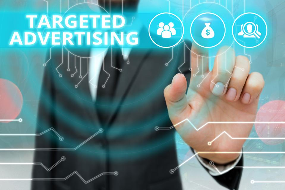 Writing note showing Targeted Advertising. Business photo showcasing Online Advertisement Ads based on consumer activity.