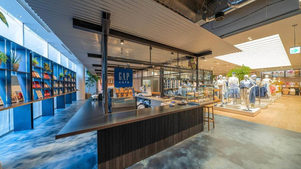 Gap opened its first café featuring its original blend coffee and exclusive Krispy Kreme pastries