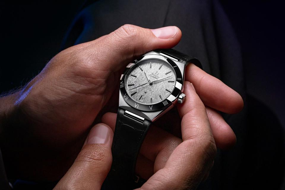 The redesigned Omega Constellation Gents 41mm