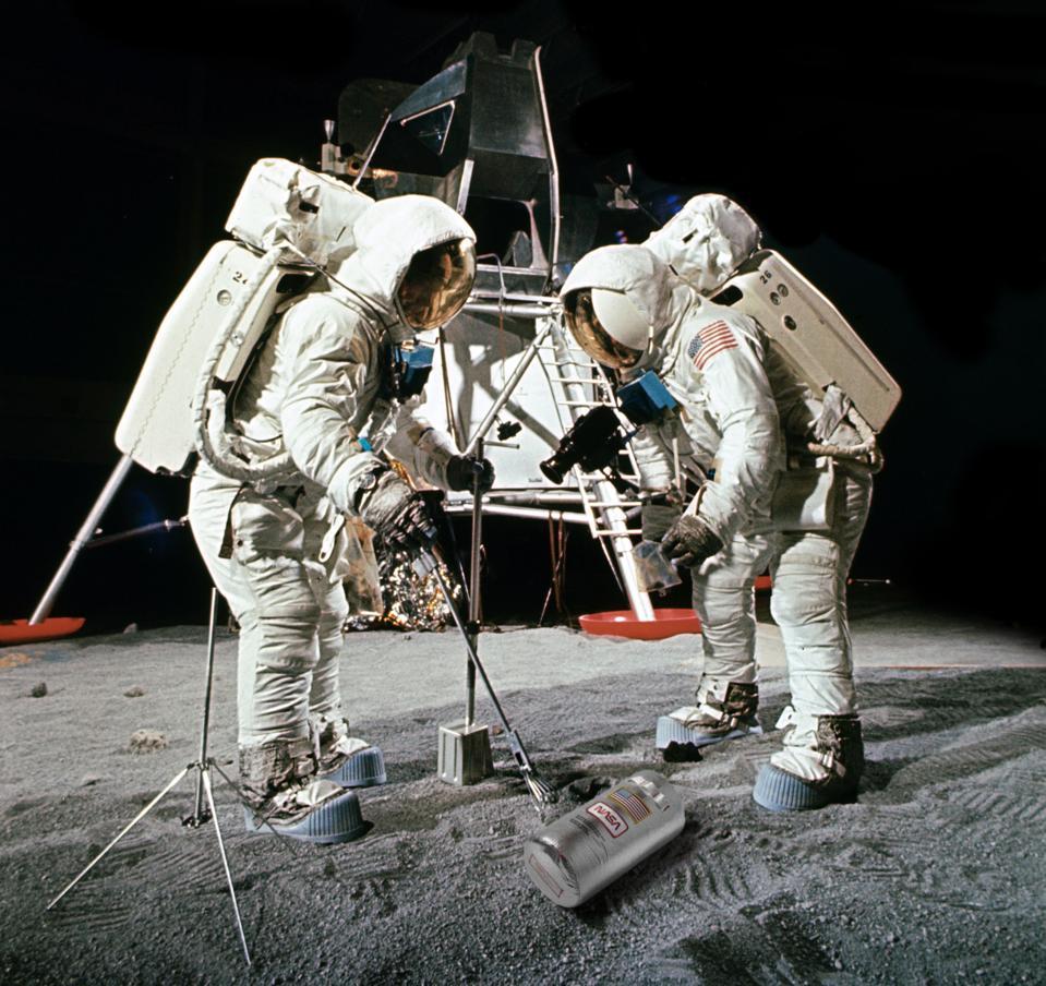 astronaut nasa rumpl