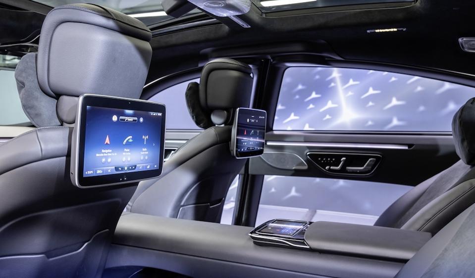2021 Mercedes-Benz S-Class MBUX system