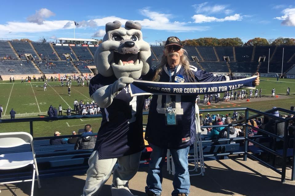 Stu Cohen and Yale mascot