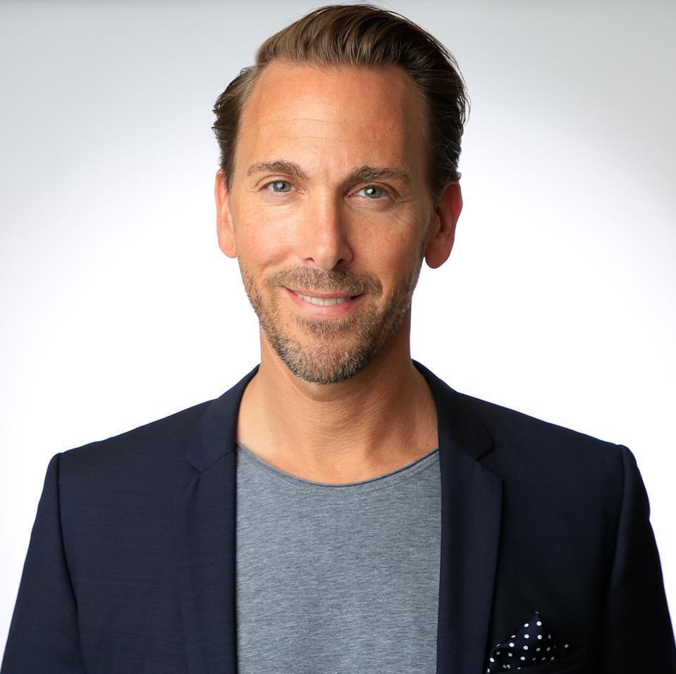 Dirk Schenider portrait, Heinemann