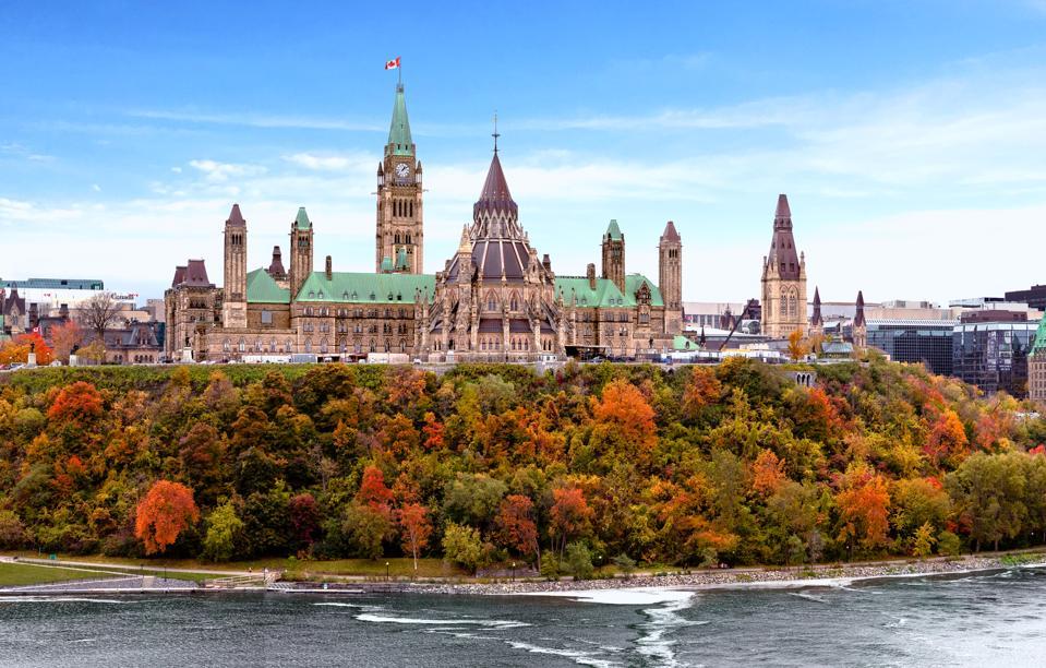 Canada new coronavirus travel rules for provinces