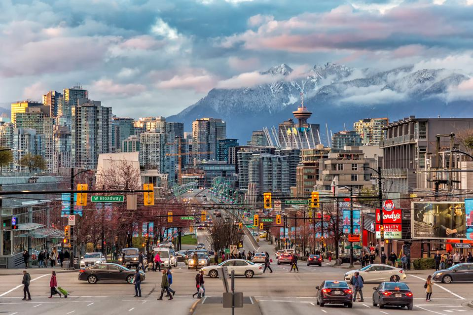 Vancouver City under the mountain, Canada new provincial coronavirus travel rules