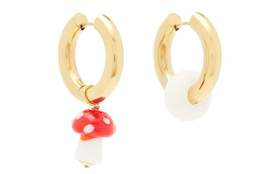 Mismatched mushroom-charm gold-plated earrings