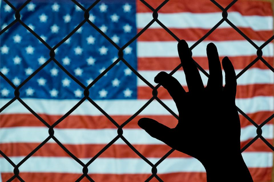 A symbolic representation of immigrants and the united states of america