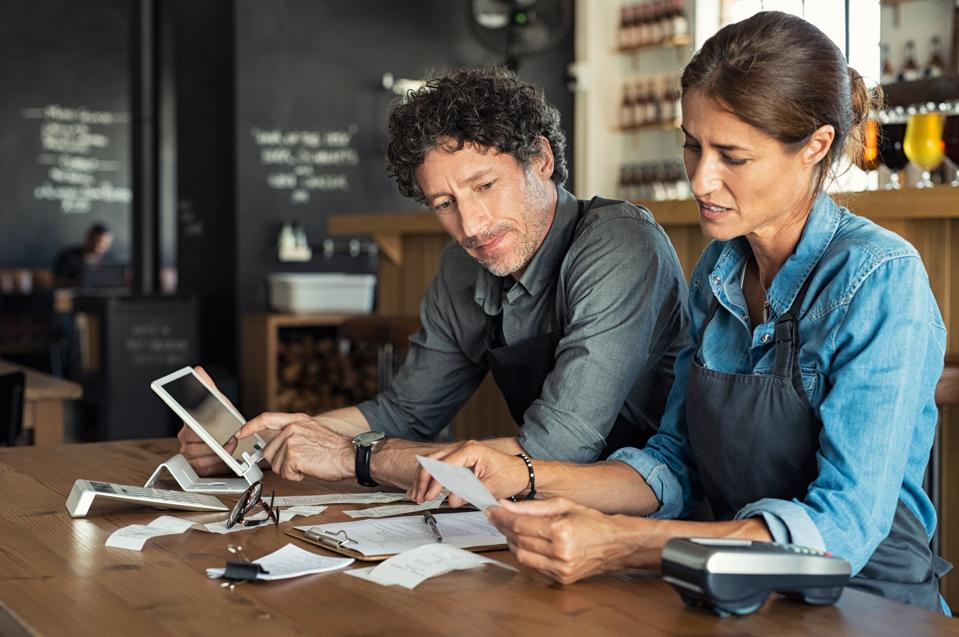 Small business calculating income