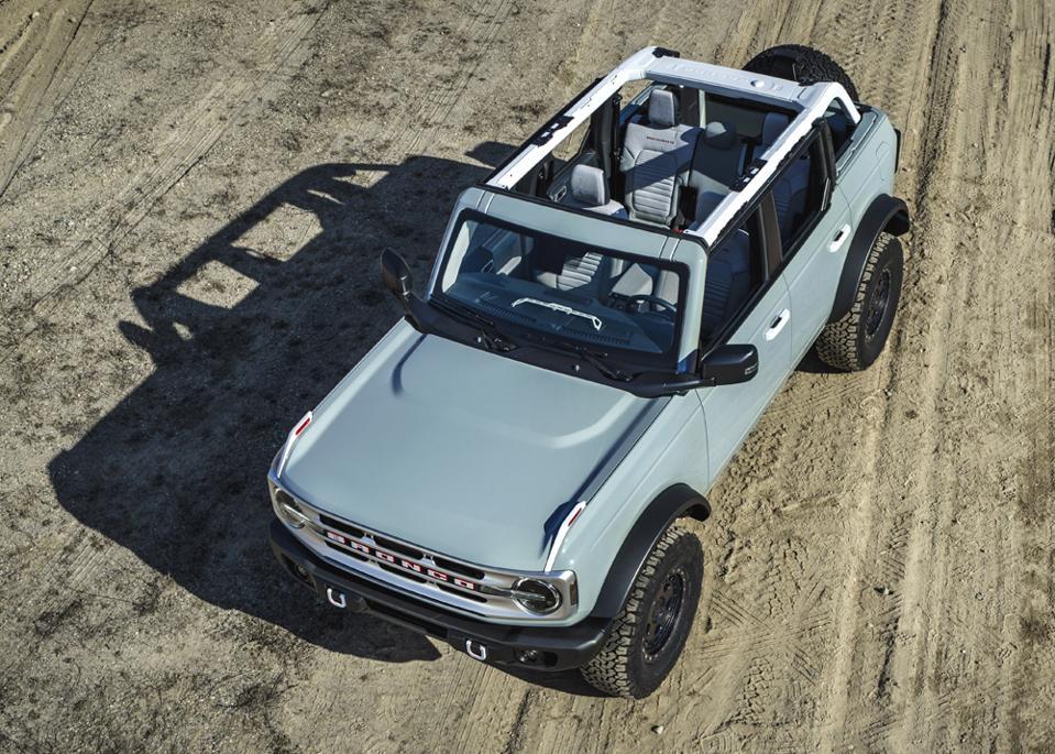 2021-Ford-Bronco-4-Door-Removable-Doors