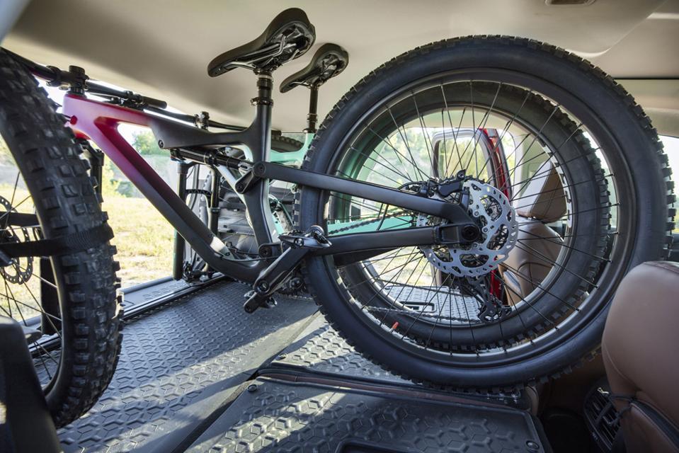 2021-Ford-Bronco-Sport-Bike-Storage