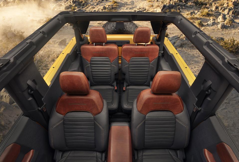 2021-Ford-Bronco-2-Door-Seats