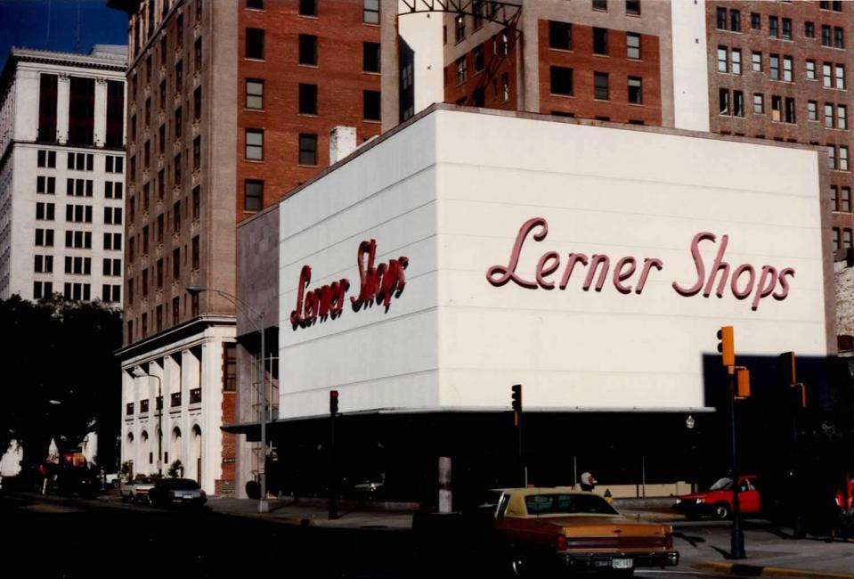 Lerner Shops Savannah