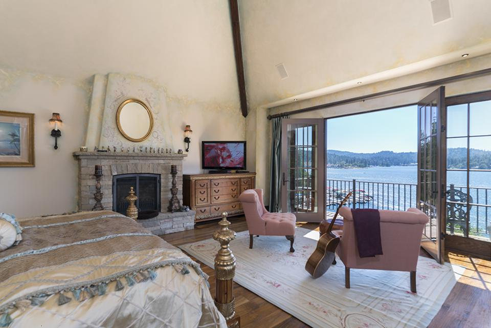 Sammy Hagar, Van Halen, Lake Arrowhead, California, French Château, mountain, bedroom
