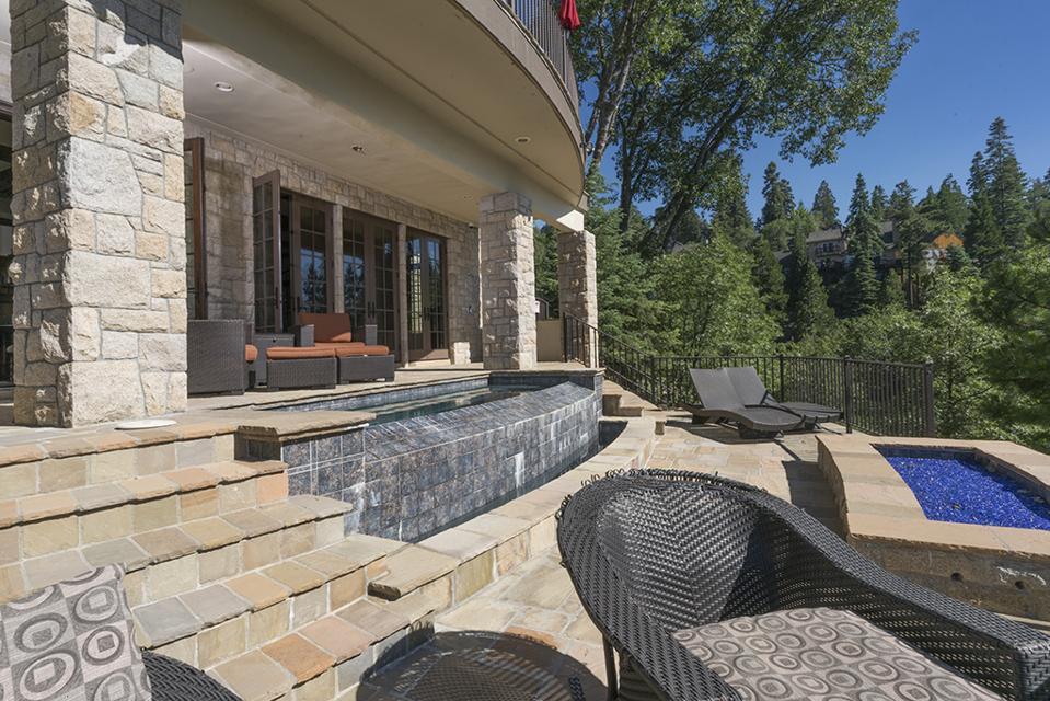 Celebrity Dining: Sammy Hagar, Van Halen, Lake Arrowhead, California, French Château, mountain, patio