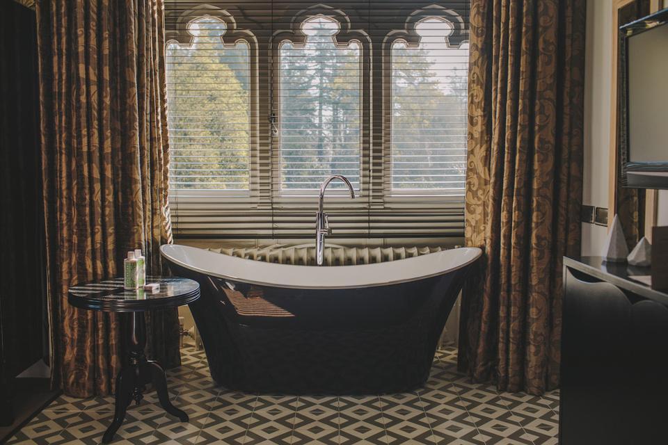 roll top bath and window