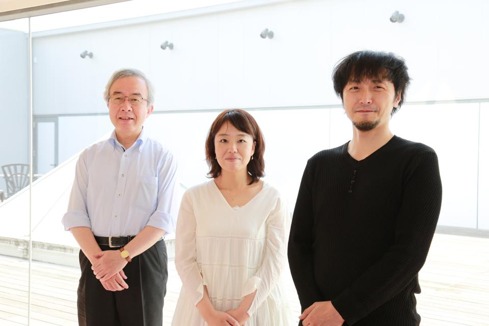 Flosfia's CEO Hitora Toshimi (R) along with CFO Majima Chinami (C) and CTO and semiconductor expert Shinohe Takashi (L) are to innovate the world with next-generation gallium oxide semiconductors.