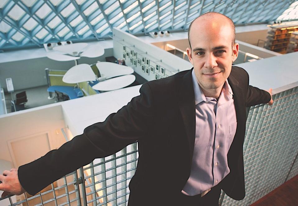 Scott Steinberg in an office setting