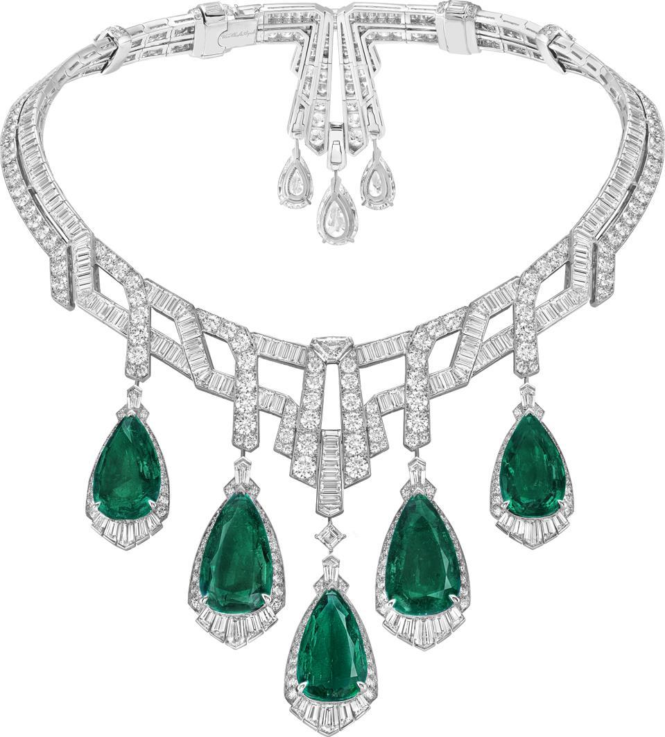 The Merveille d'émeraudes necklace by Van Cleef & Arpels features five Colombian emeralds