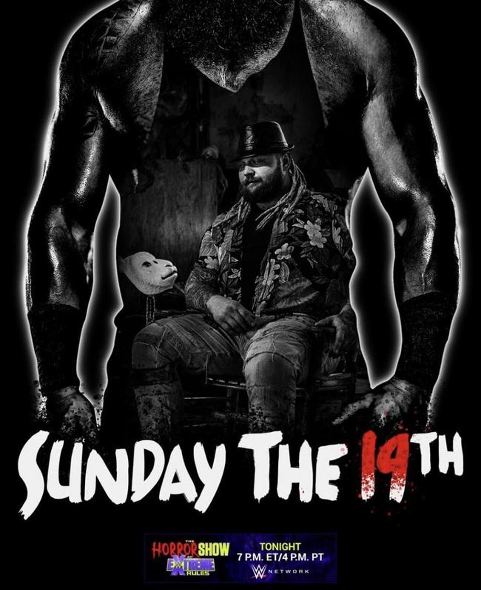 Bray Wyatt took on Braun Strowman in a Swamp Fight.