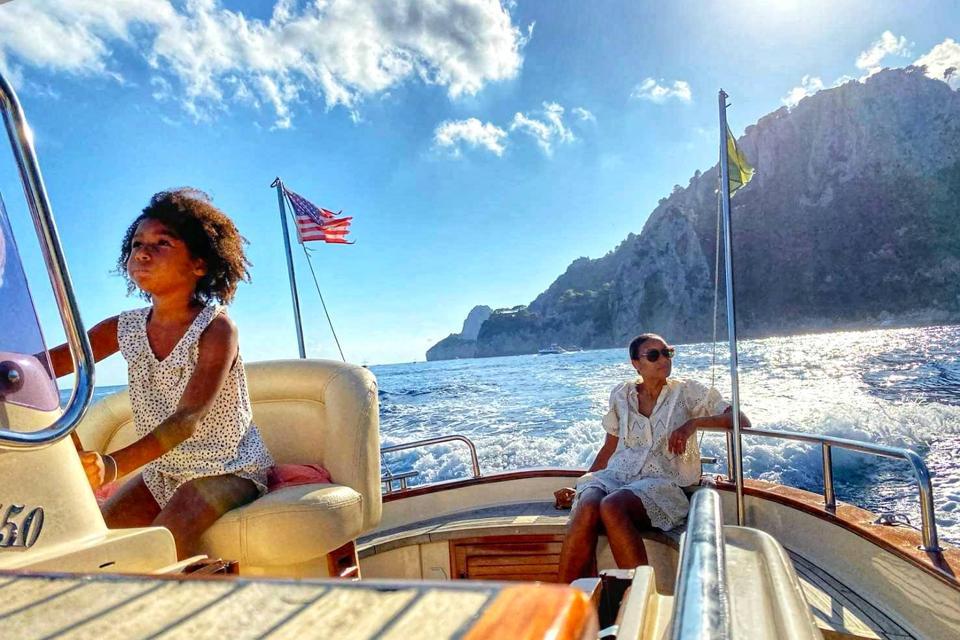 Nina Reeder and her daughter in Capri, Italy