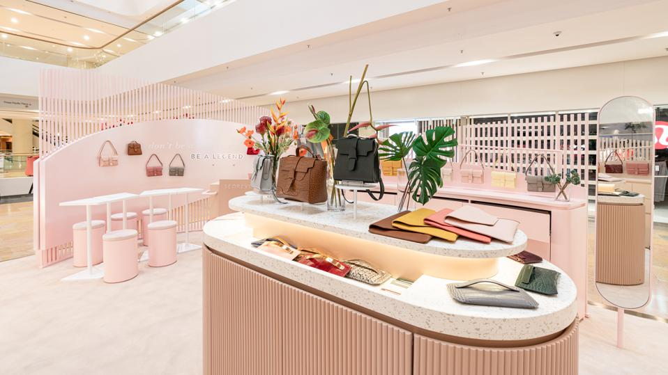 Neighbors to the elite of brands at Pacific Place, Senreve positions itself as the affordable luxury staple for the sophisticated and savvy woman.