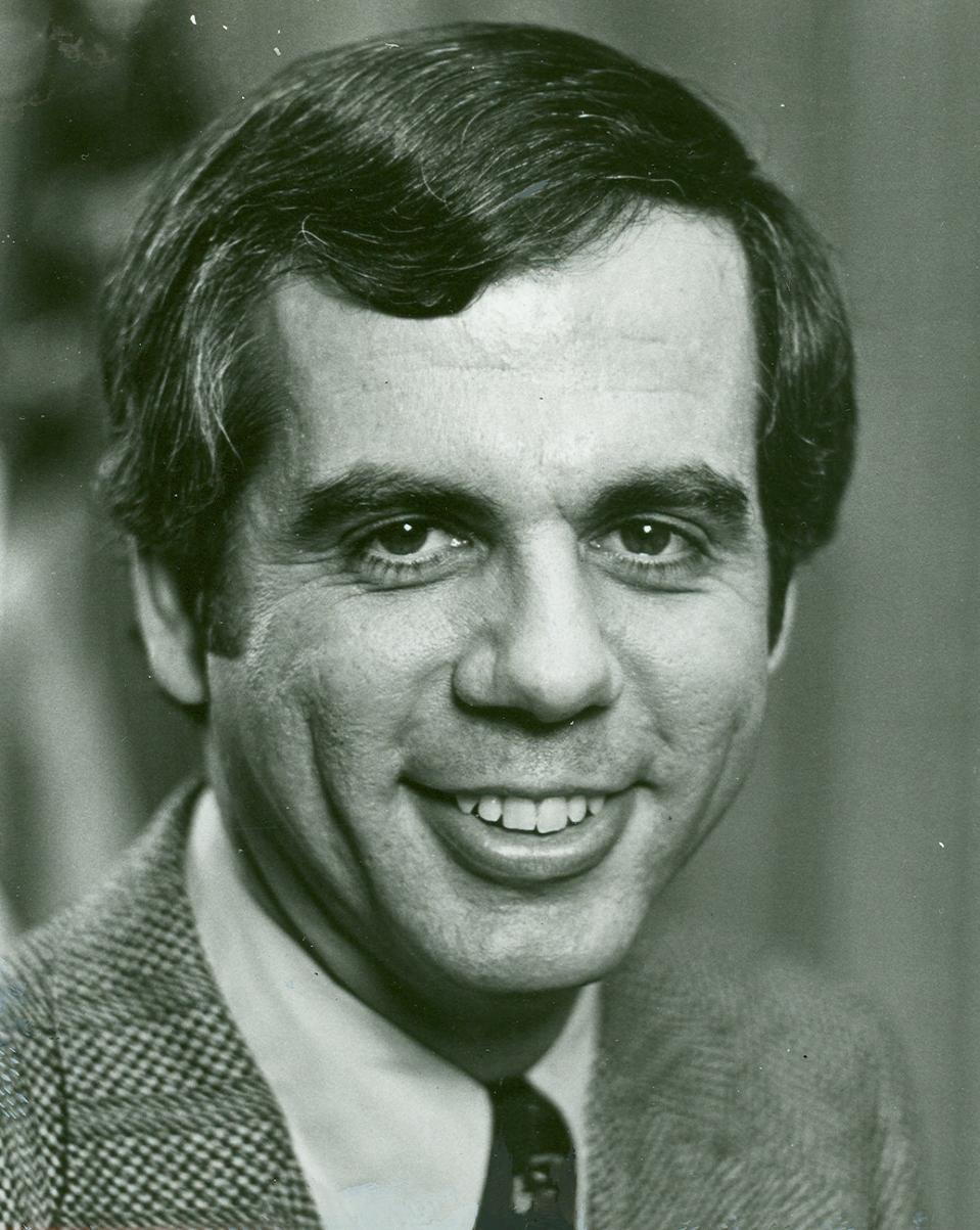 Headshot of Former Rep. Tony Coelho.