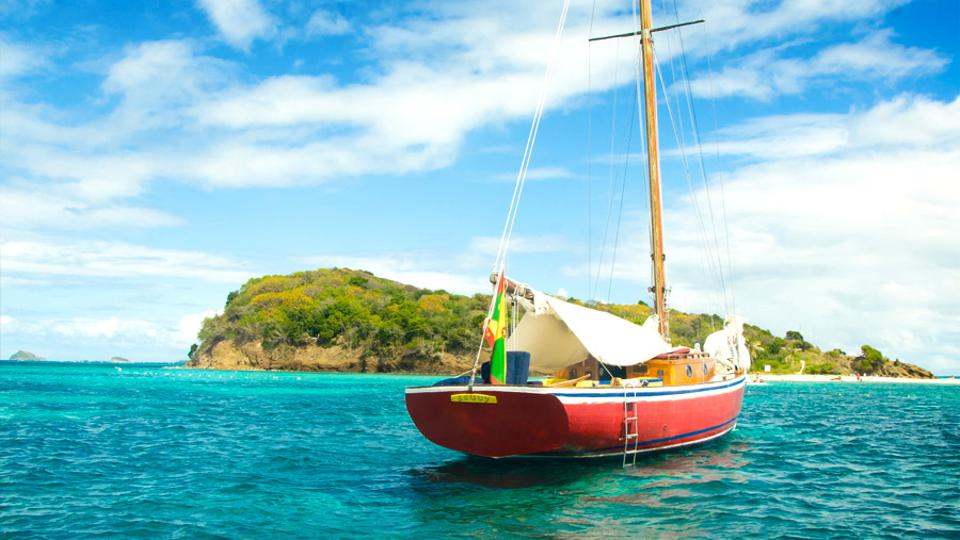 Savvy Sailing traditional wooden sloop