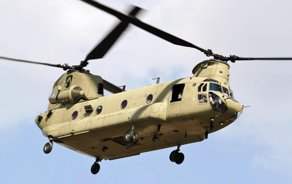 Helicopter chinook military ch-47