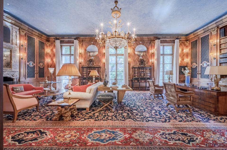 Living room inside Jeffrey Epstein's $88 million New York home