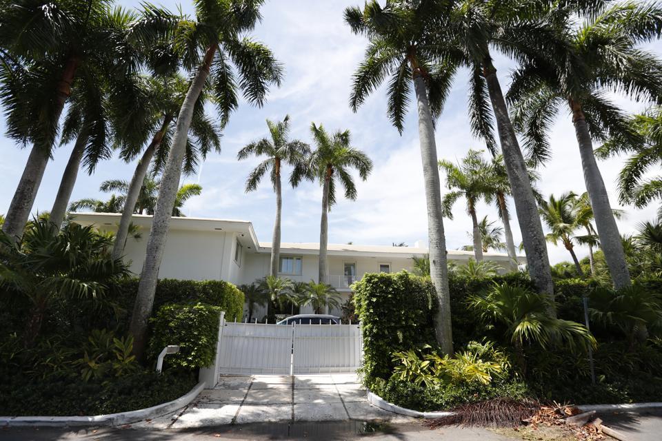 Jeffrey Epstein, Palm Beach, President Donald Trump's Mar-a-Lago, luxury real estate,