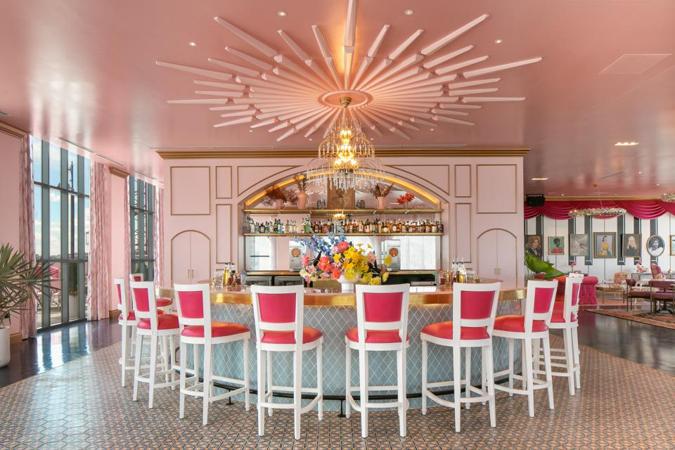 A pink and gold plated bar in Nashville