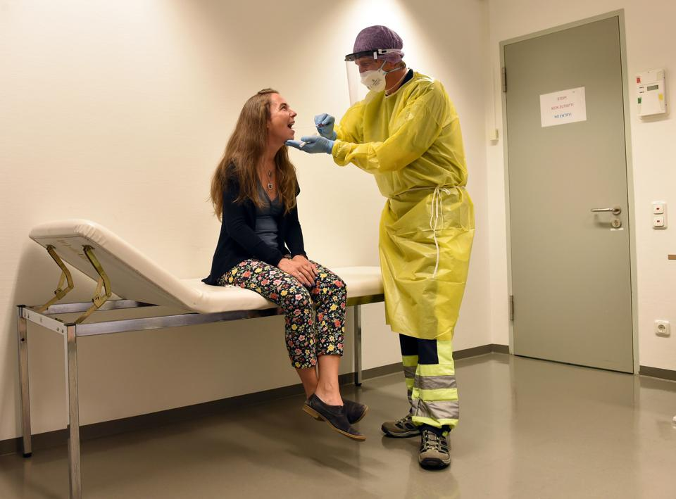 Germany To Make Free Covid 19 Tests Mandatory Travelers Returning From Hotspots