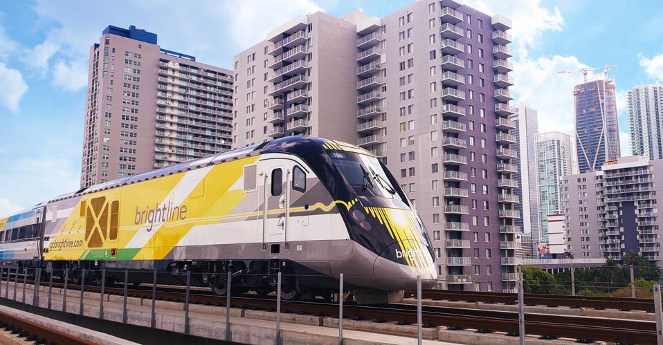 Brightline-Los Angeles-Las Vegas-high-speed-train