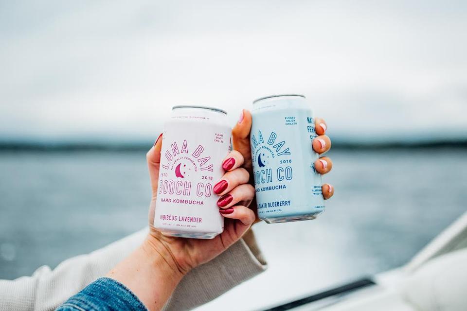 Luna Bay Booch cans