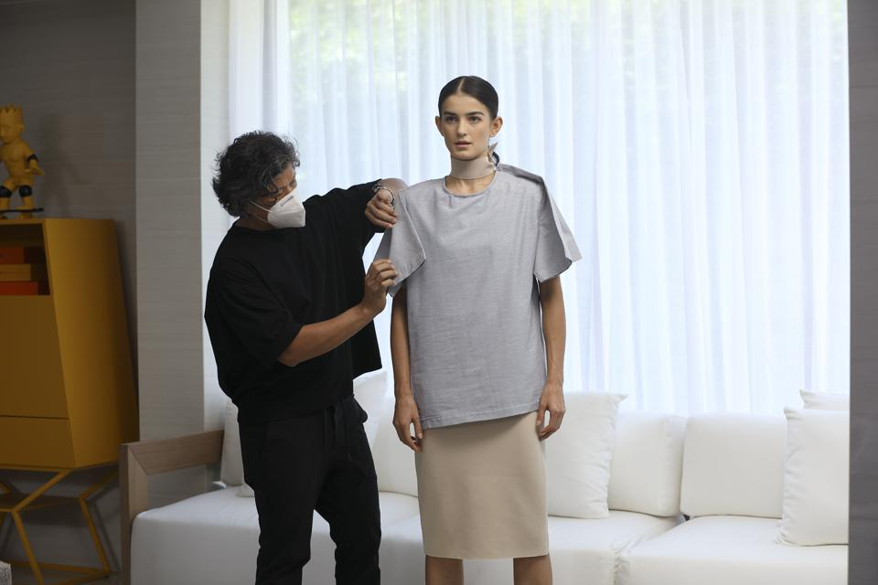 Philippine Fashion Designers Come Together To Elevate The Fashion Experience Online