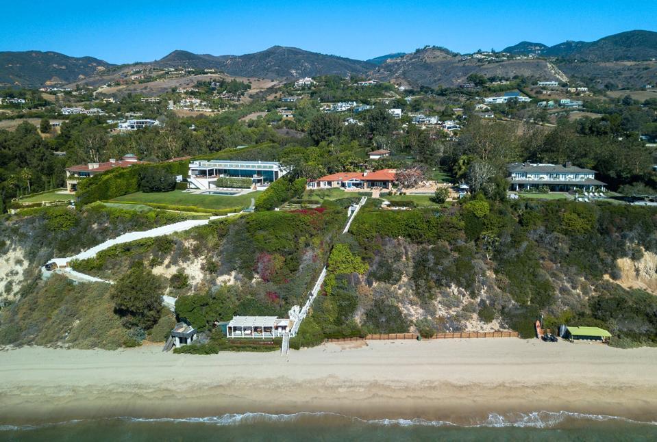 Philanthropist Diana Jenkins estate in Malibu for sale at $125 million