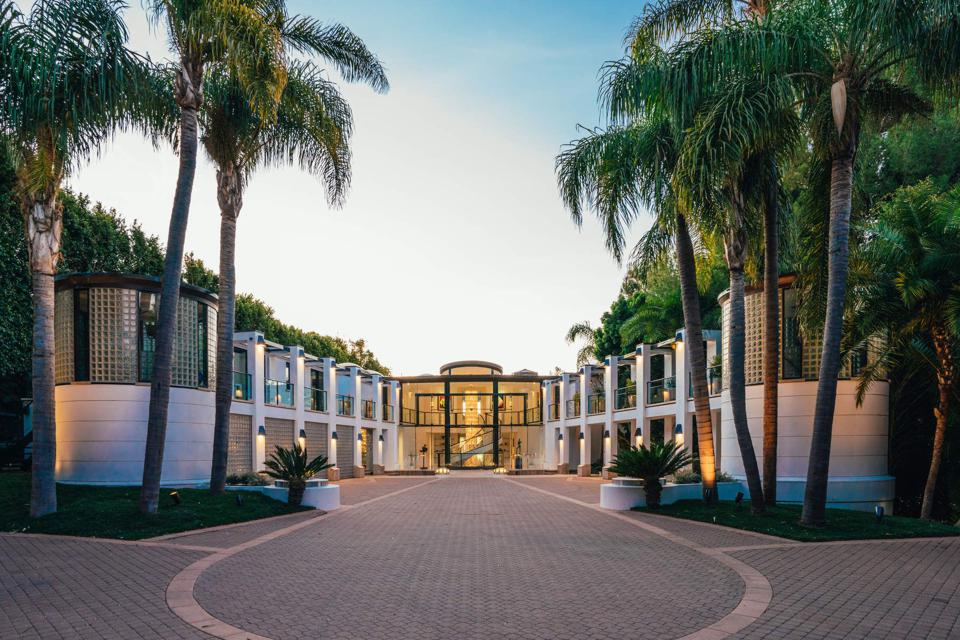 Billionaire David Saperstein's $115 million Mar de Amor Villa