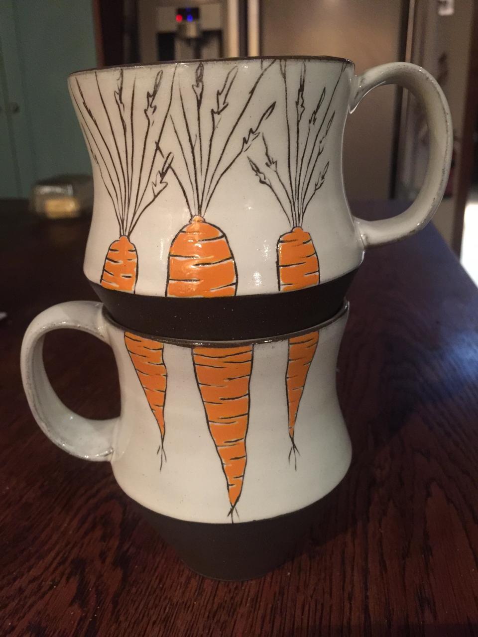 2 stacked mugs